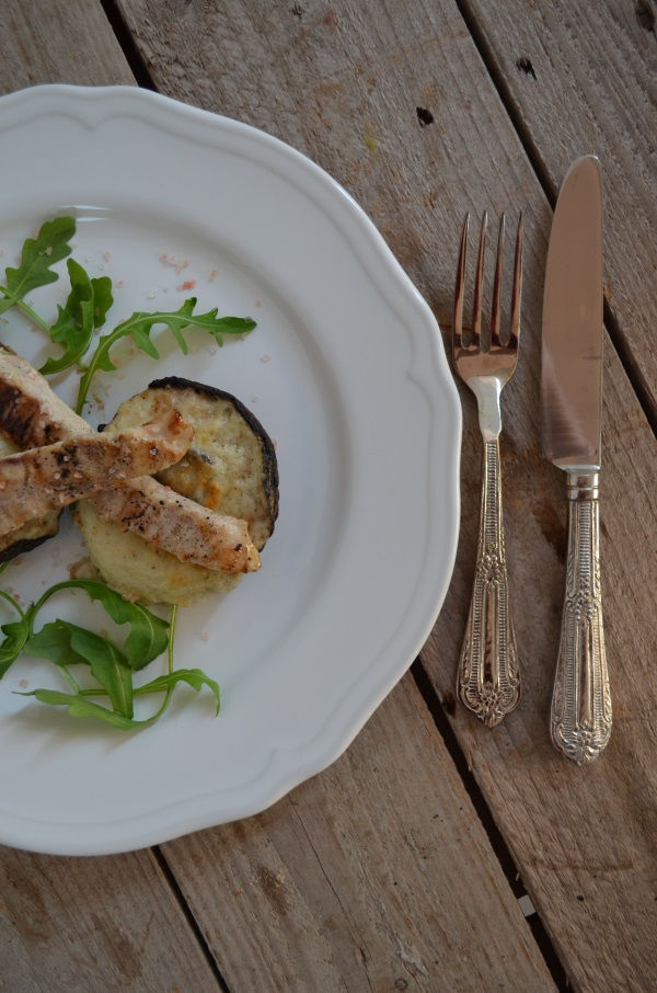 Portobello Mushroom stuffed with Cheese Sauce and Chicken COOL ARTISAN Γαβριήλ Νικολαίδης