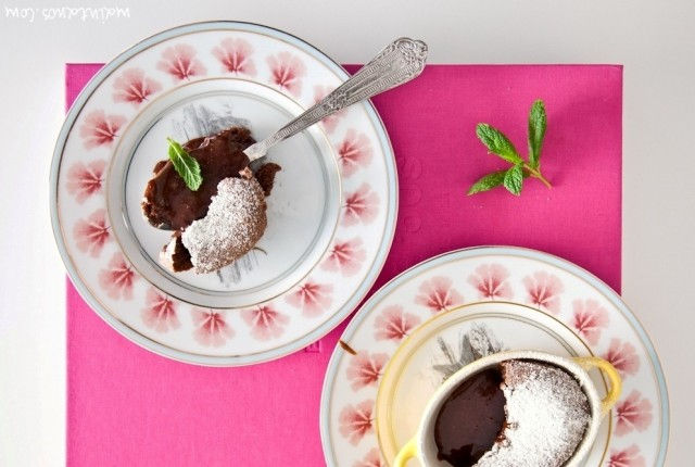 X ChocolateX chocolate souffleX COOL ARTISANX συνταγήX σουφλέ σοκολάταςX Γαβριήλ ΝικολαίδηςX γρήγοροX εύκολοX lava cakeX recipe. melt chocolate cake