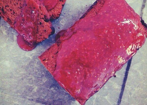 Vegan, chocolate, orange cake with strawberry sauce, συνταγή νηστίσιμο κέικ, κακάο, πορτοκάλι, συνταγή, εύκολη, απλή, Γαβριήλ Νικολαίδης, cool artisan