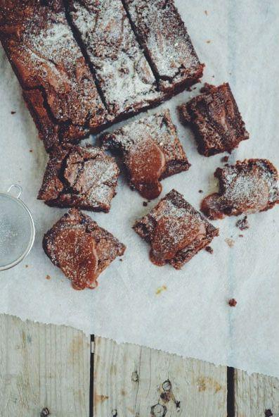 Salted caramel Brownies, recipe, waluts, chocolate, easy, simple, συνταγή, μπράνουνιζ με αλμυρή καραμέλα, cool artisan, Γαβριήλ Νικολαίδης