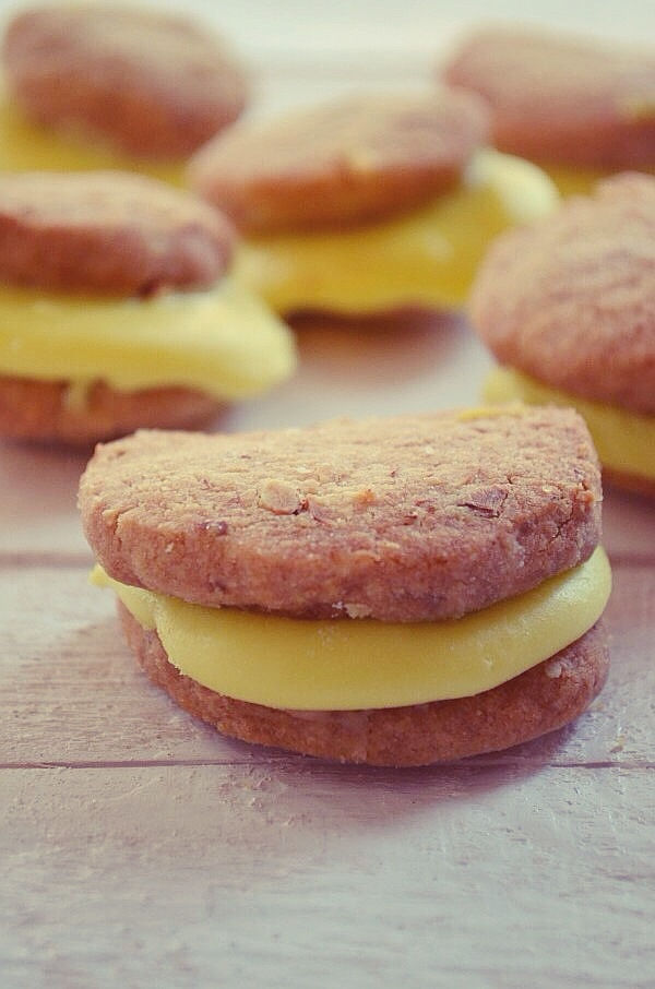 Chocolate-Lemon Whoopie Pies Recipe, συνταγη, μπισκότα λεμονιού, κρέμα σοκολάτας με λεμόνι, γλυκό, Γαβριήλ Νικολαΐδης, cool artisan