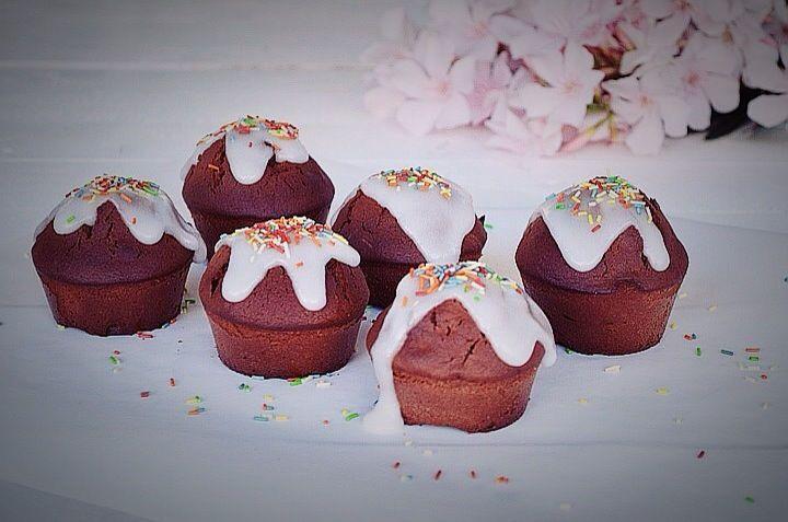 Three Ingredient Muffins Recipe, nutella, chocolate, hazelnut praline, super fast, best recipe, top, dessert, choco, συνταγή, μάφιν, 3 υλικά, νουτέλα, πραλίνα φουντουκιού, απλή συνταγή, Γαβριήλ Νικολαΐδης