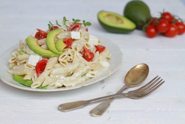 Avocado and feta cheese pasta salad, recipe, penne rigate, greek yogurt, συνταγή, μακαρονοσαλάτα, αβοκάντο, φέτα, γιαούρτι, πέννες, Γαβριήλ Νικολαΐδης