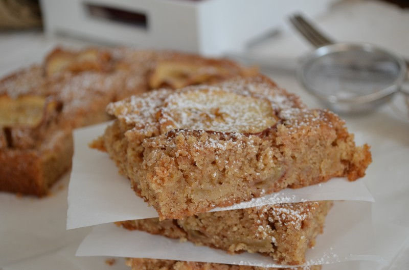 Apple brownies, recipe, easy, simple,butter, cinnamon,συνταγή, μηλόπιτα μπράουνις, συνταγή, Γαβριήλ Νικολαΐδης, food blog, best food blog 2014, food styling, photography , Γαβριήλ Νικολαΐδης, cool artisan