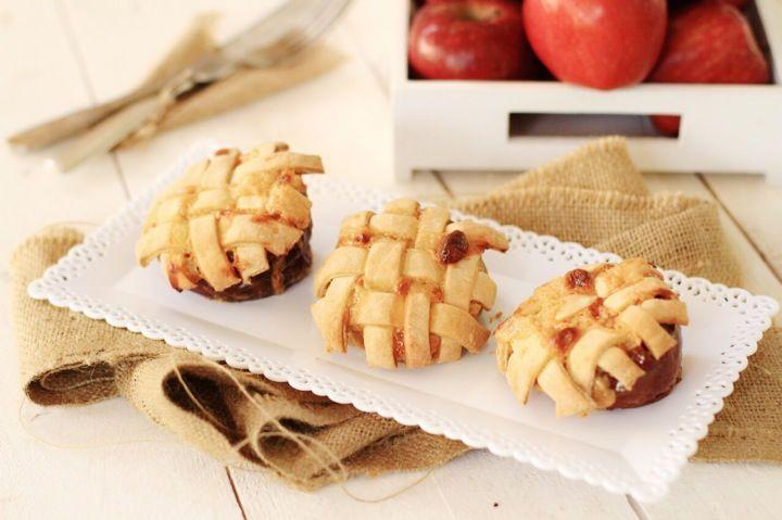 Apple pies baked in apples,apple tart, recipe, συνταγή, μηλόπιτα, συνταγή, Γαβριήλ Νικολαΐδης, food blog, best food blog 2014, food styling, photography , Γαβριήλ Νικολαΐδης, cool artisan