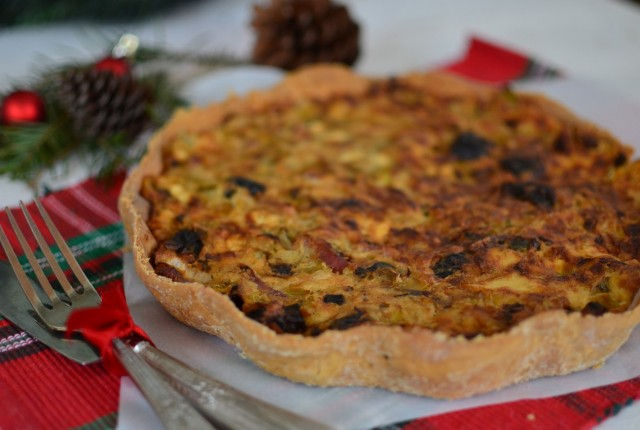 γιορτινή συνταγή, τάρτα δαμάσκηνο, μπέικον, πράσο, παρμεζάνα, κρέμα γάλακτος, tart, parmesan, bacon, leek, dough, recipe, cool artisan, Γαβριήλ Νικολαΐδης