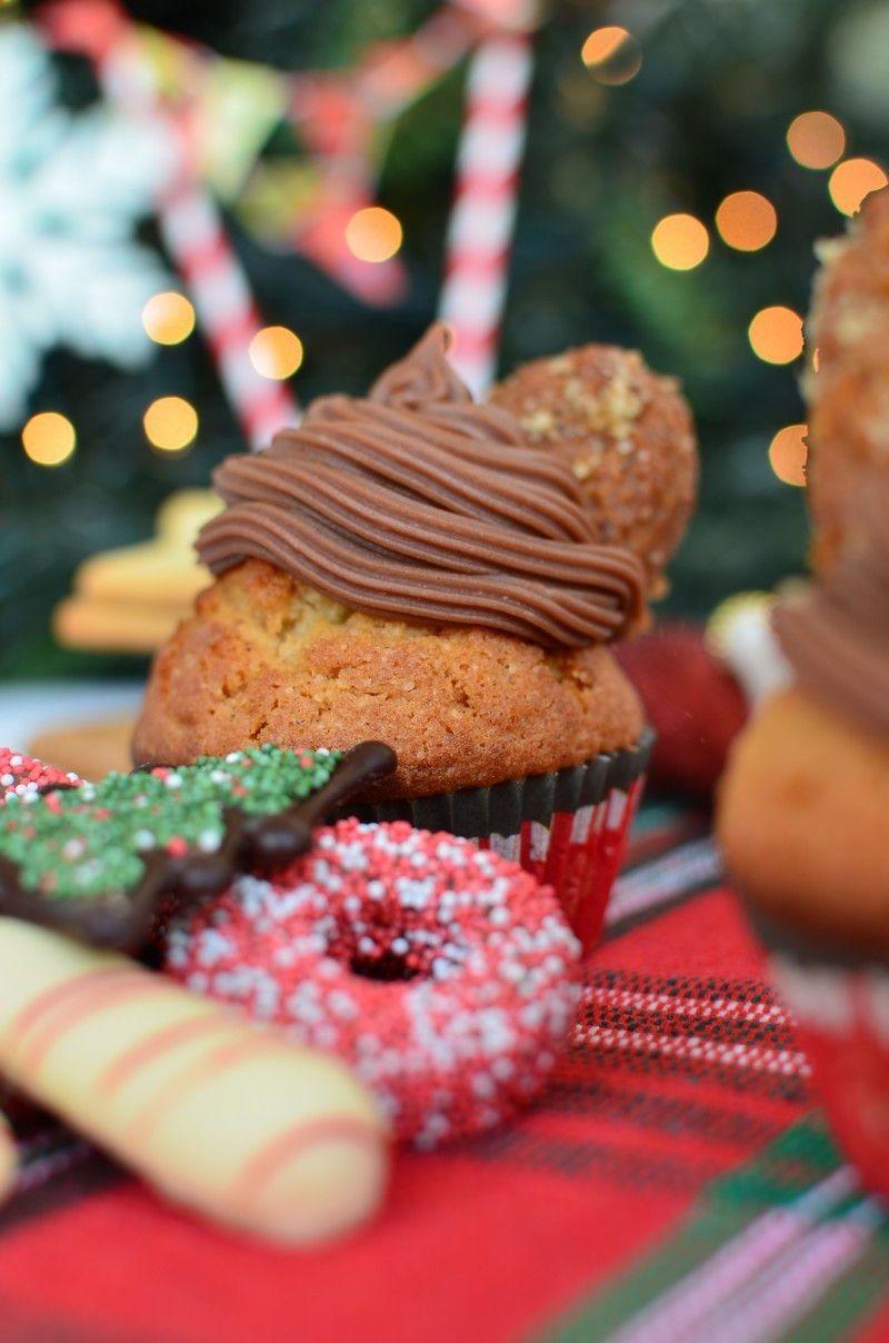 christmas, dessert, recipe, cupcakes, frosting chocolate, simple, cinnamon, orange, συνταγή, cupcake, μελομακάρονο,σοκολάτα, πορτοκάλι, κανέλα, χριστουγεννιάτικη, συνταγή, Γαβριήλ Νικολαΐδης, cool artisan