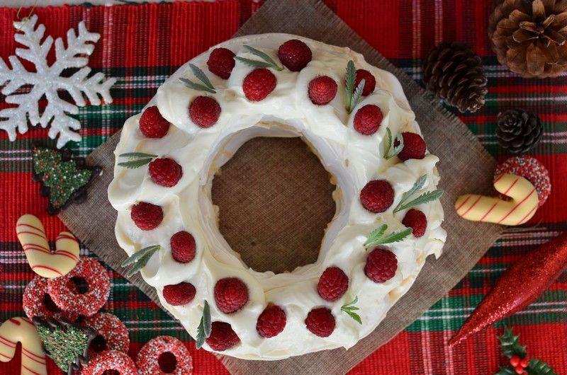 Christmas Pavlova.Christmas Pavlova Wreath Recipe Cool Artisan