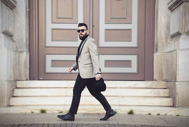 Street style, man fashion blogger, suit styling, office look, black, gray, guy blogger, business look, hat. Dimitris petrou, h&m, John Smedley, turtle neck, knit, black, sweater, pointy ankle boots, κοστούμι, Δημήτρης Πέτρου, καπέλο H&M, cool artisan, Γαβριήλ Ν ικολαΐδης