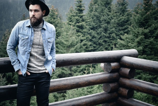 man fashion blogger, street style, trends 2015, fashion blog, mens look, alpine chic, mountain, chalet, outfit, look, gq, american vintage, lee, wrangler, cool artisan, Γαβριήλ Νικολαιδης , style, awards, blog 2016, best