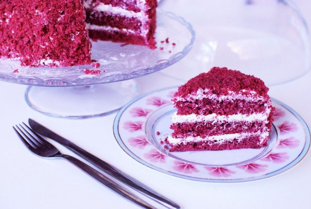 red velvet cake, recipe, food coloring, cream cheese, frosting, cool artisan, gabriel nikolaidis 1