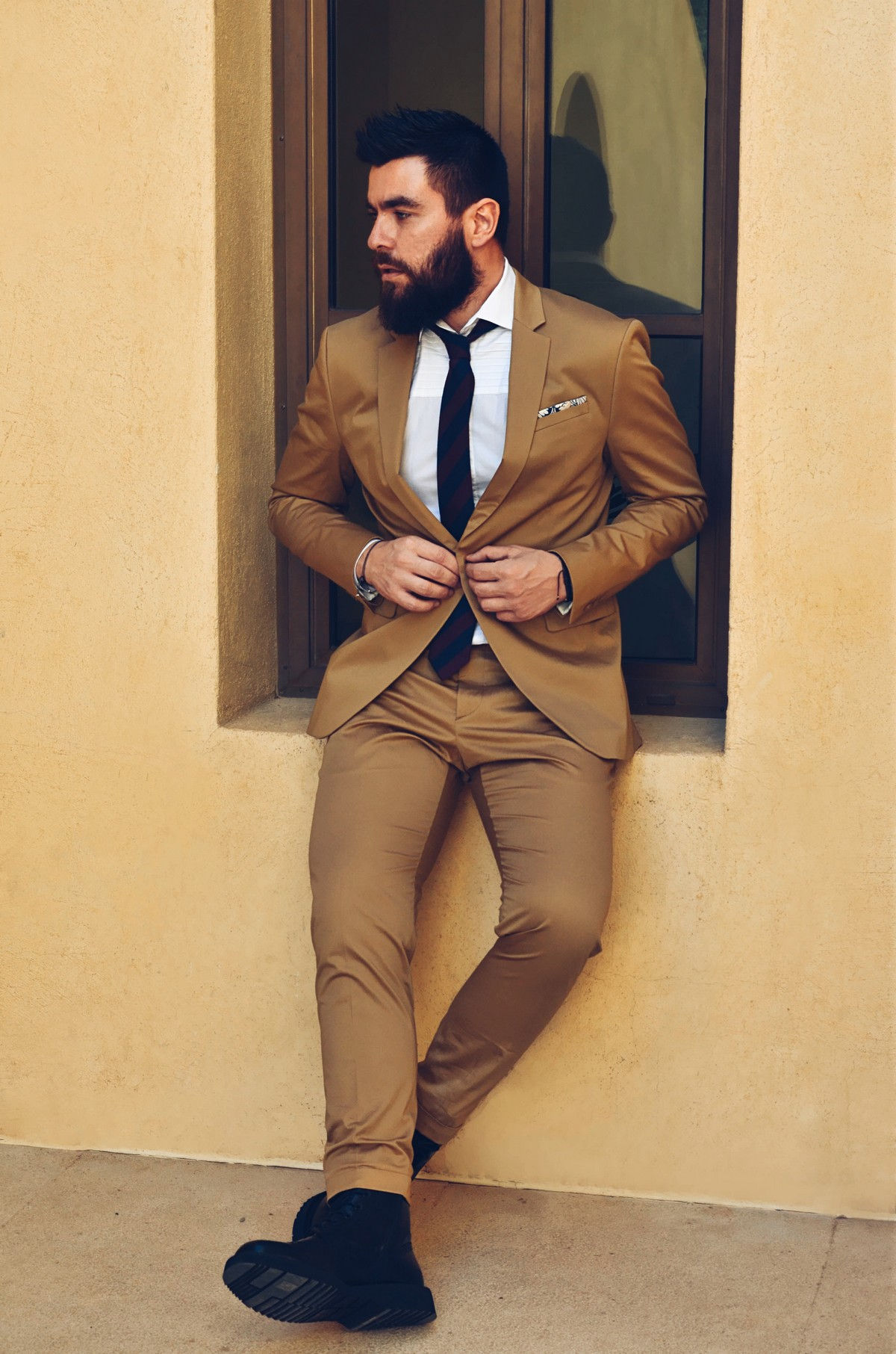 Hispanic Men Dressed Well STYLE LATINO : STYLE MEN: Closet 10