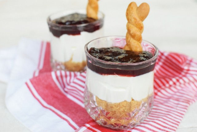 ricotta, cheesecake, no bake, easter, jam, cookies, recipe