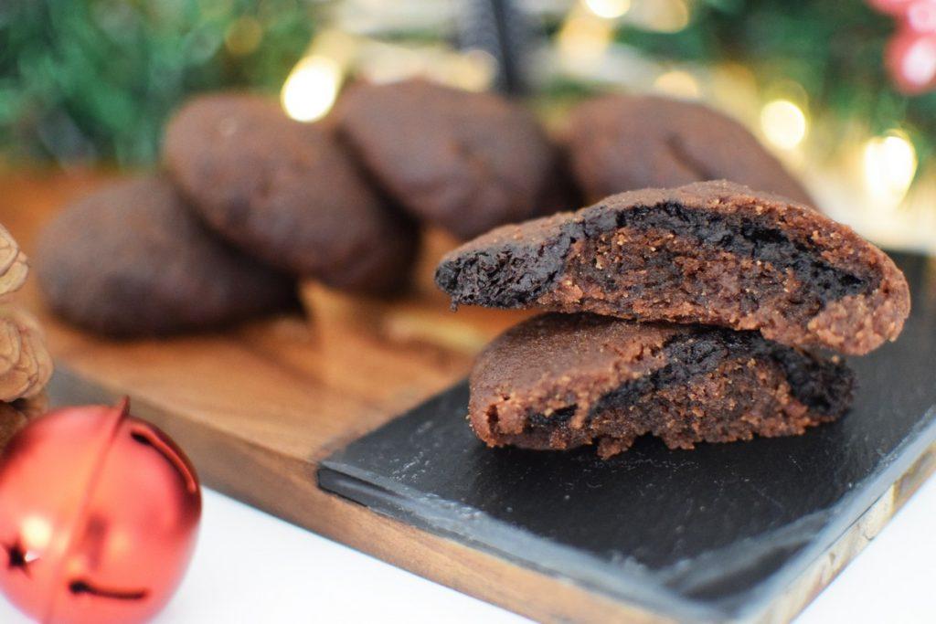Chocolate Filled Chocolate Cookies, christmas, recipe, blog, food blogger, saveur magazine, awards, 2017, top blogger, cool artisan, gabriel nikolaidis