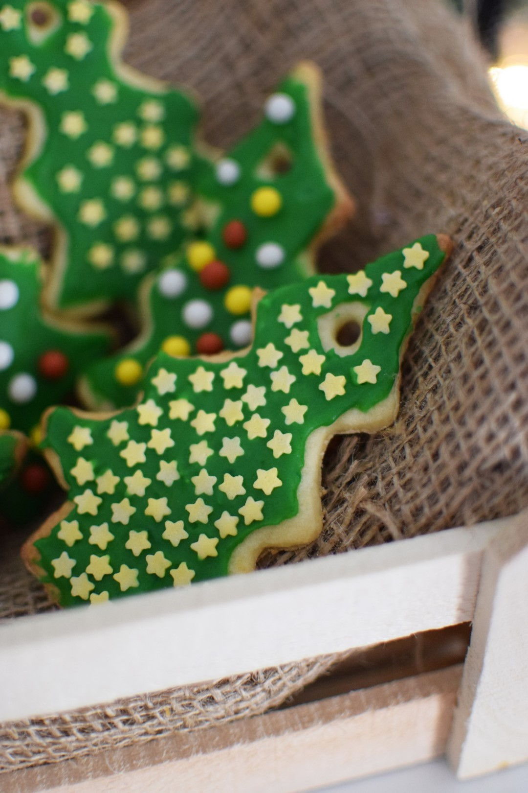 How To Make Christmas Cookies To Hang On The Tree Cool Artisan