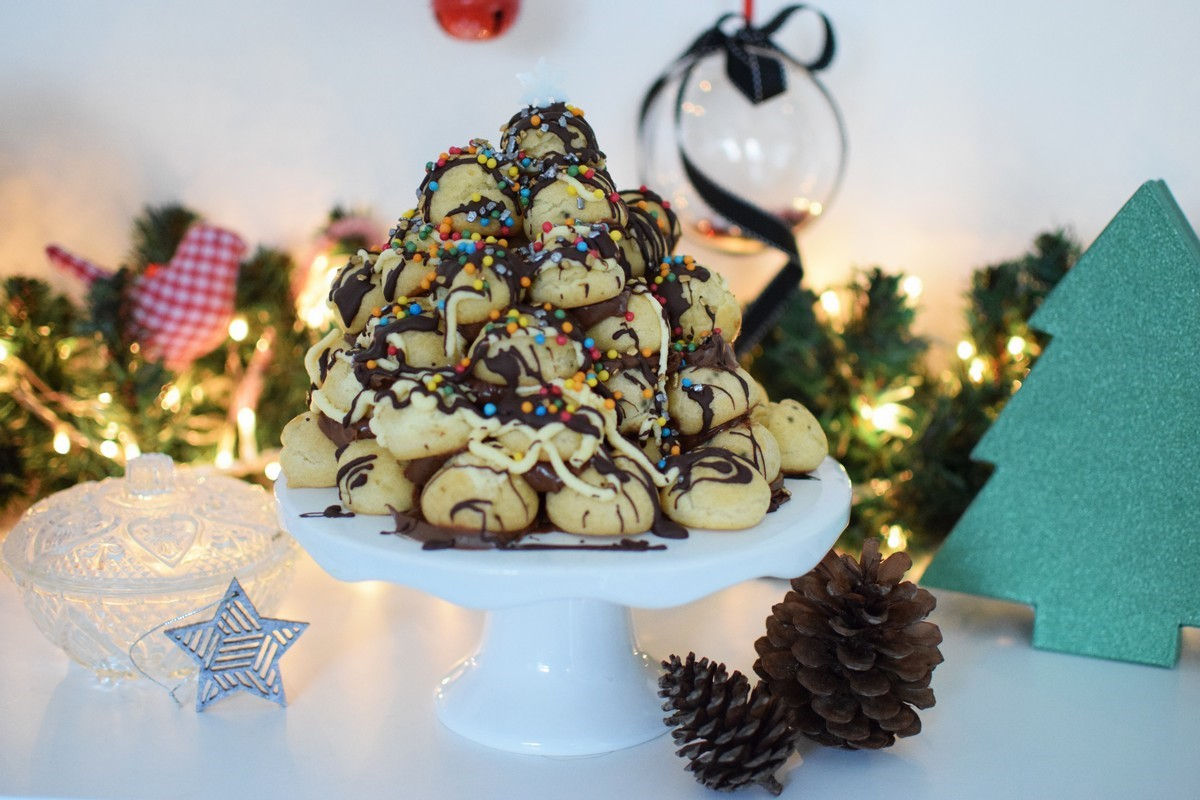 Profiterole Christmas Tree | Cool Artisan