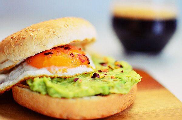 avocado-smash-recipe-and-egg-burger-recipe-lime-brunch-breakfast-simple-cf83cf85cebdcf84ceb1ceb3ceae-ceb1cf80cebbceae-ceb1ceb2cebfcebaceaccebdcf84cebf1