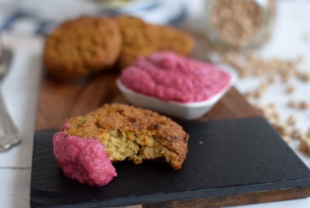 Quinoa Burgers Recipe, beetroot hummus, recipe, food styling, food blogger, cool artisan 3