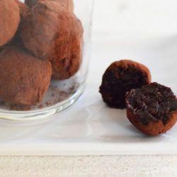 Vegan, Raw, chocolate, truffles 1
