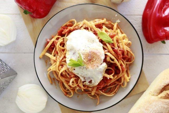 pesto peppers, parmegiano, recipe, egg, pasta