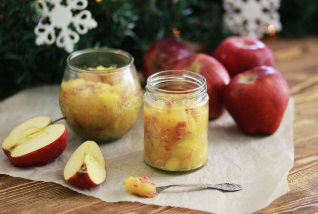 CHUTNEY, ΜΗΛΟ, ΜΠΕΙΚΟΝ, COOL ARTISAN, ΧΡΙΣΤΟΥΓΕΝΝΙΑΤΙΚΟ CHUTNEY, CHRISTMAS CHUTNEY, CHRISTMAS RECIPE, BACON, APPLES