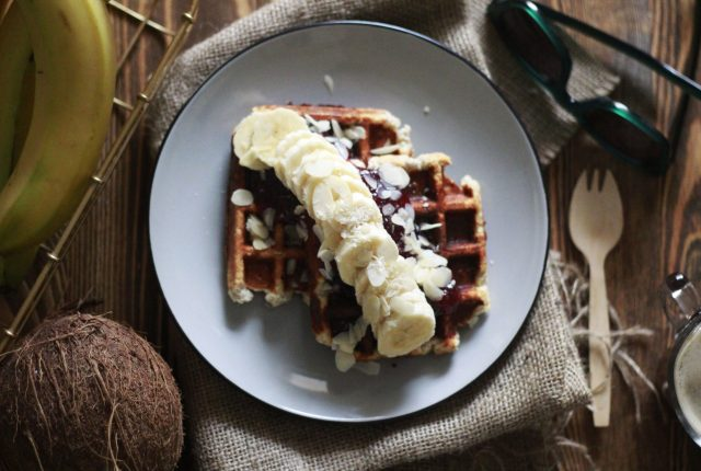 BRUNCH, WEEKEND BRUNCH, COOL ARTISAN, VEGAN, VEGAN RECIPE, VEGAN WAFFLES, VEGAN GLUTEN FREE WAFFLES, VEGAN GLUTEN FREE RECIPE, ΒΑΦΛΕΣ, ΧΩΡΙΣ ΓΛΟΥΤΕΝΗ