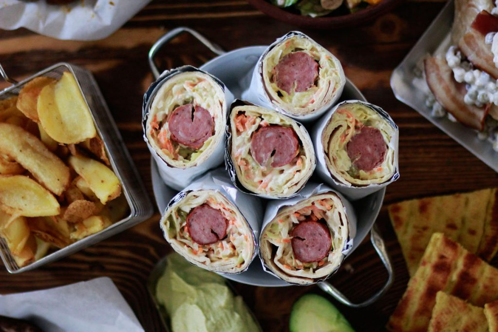 hot dog, tortilla, , τορτίγια, , cool artisan, hot dog σε τορτίγια, τσικνοπέμπτη,