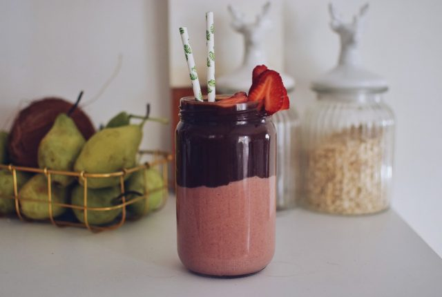 vegan,smoothie,stawberry,cacao
