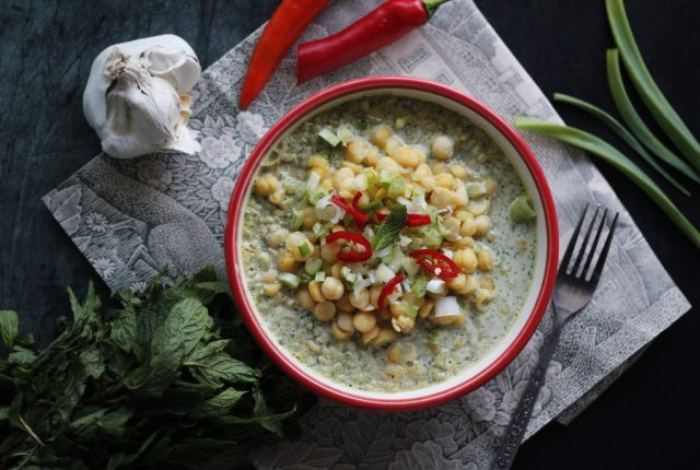 green curry chickpeas with couscous (1)